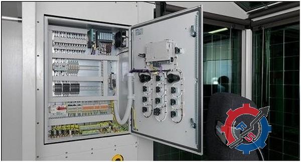 تابلو برق و سوئیچ الکتریکی