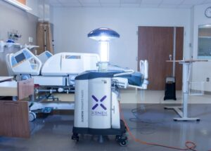 ربات Xenex LightStrike